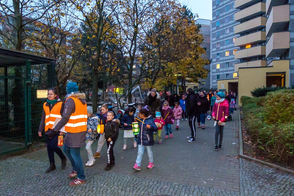 kraepelinweg-laternenfest-DSCF6817